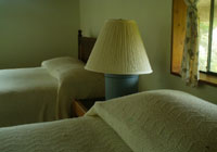 Volcano Hostel with Two double beds for small group or a family